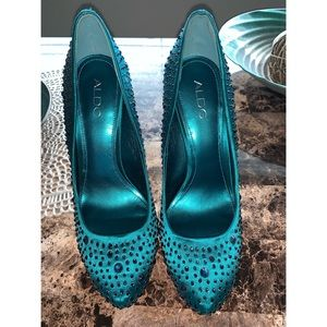 Teal Crystal Rhinestone Pumps